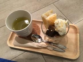 旭川のカフェにてヨガナイト♪