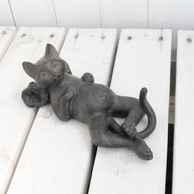 ネコのオブジェ